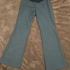 A Pea in the Pod Gray Maternity dress pants